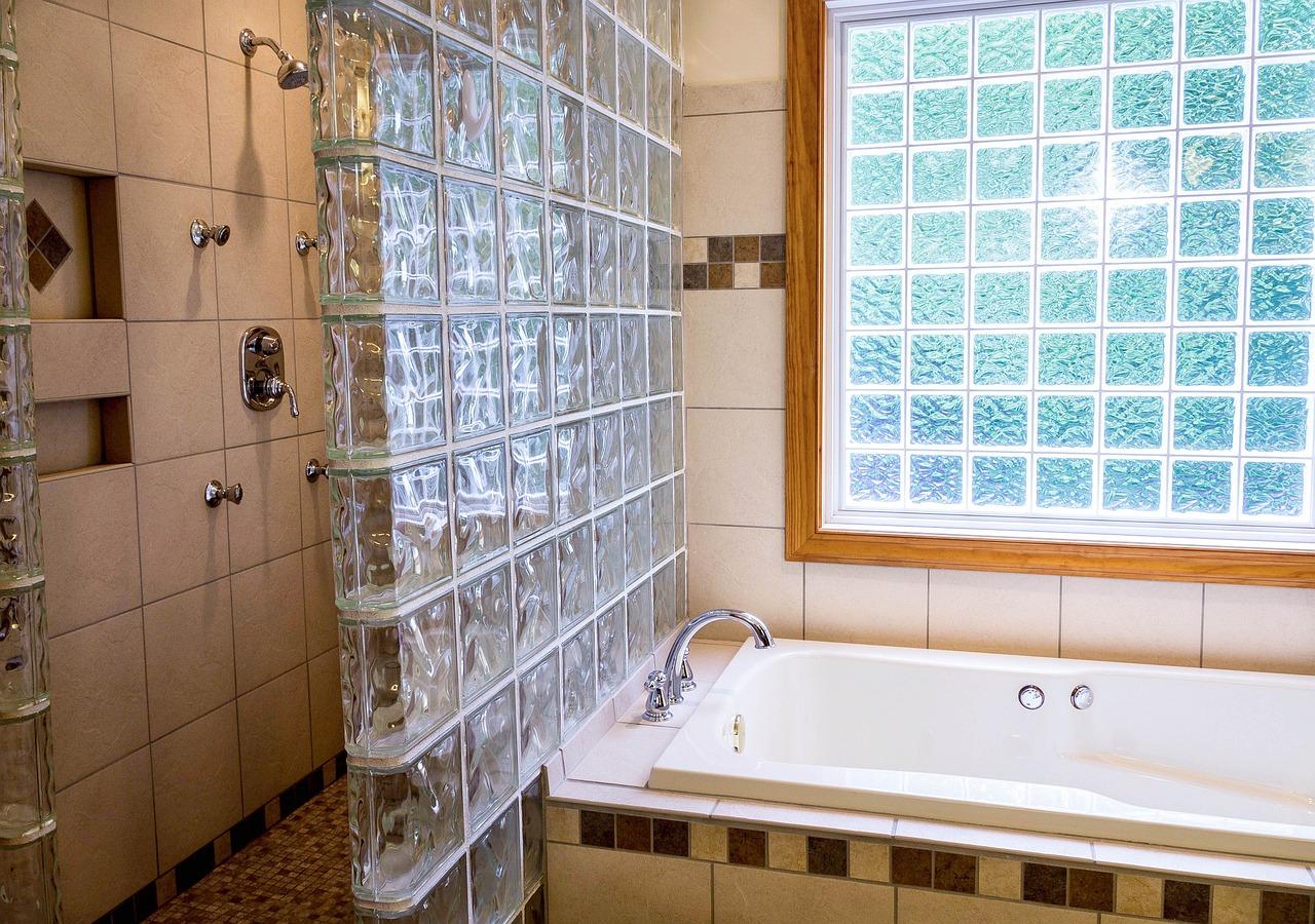 Un plombier pour refaire votre salle de bains